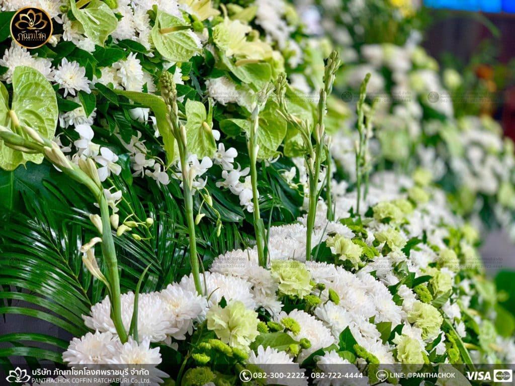 ผลงานดอกไม้สด - วัดศรีสุริยวงศ์  17/05/2562 3