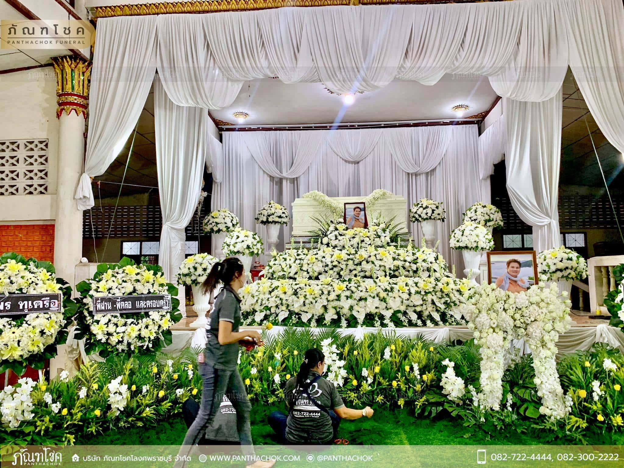 ผลงานจัดดอกไม้หน้าหีบ วัดม่วง ราชบุรี 5