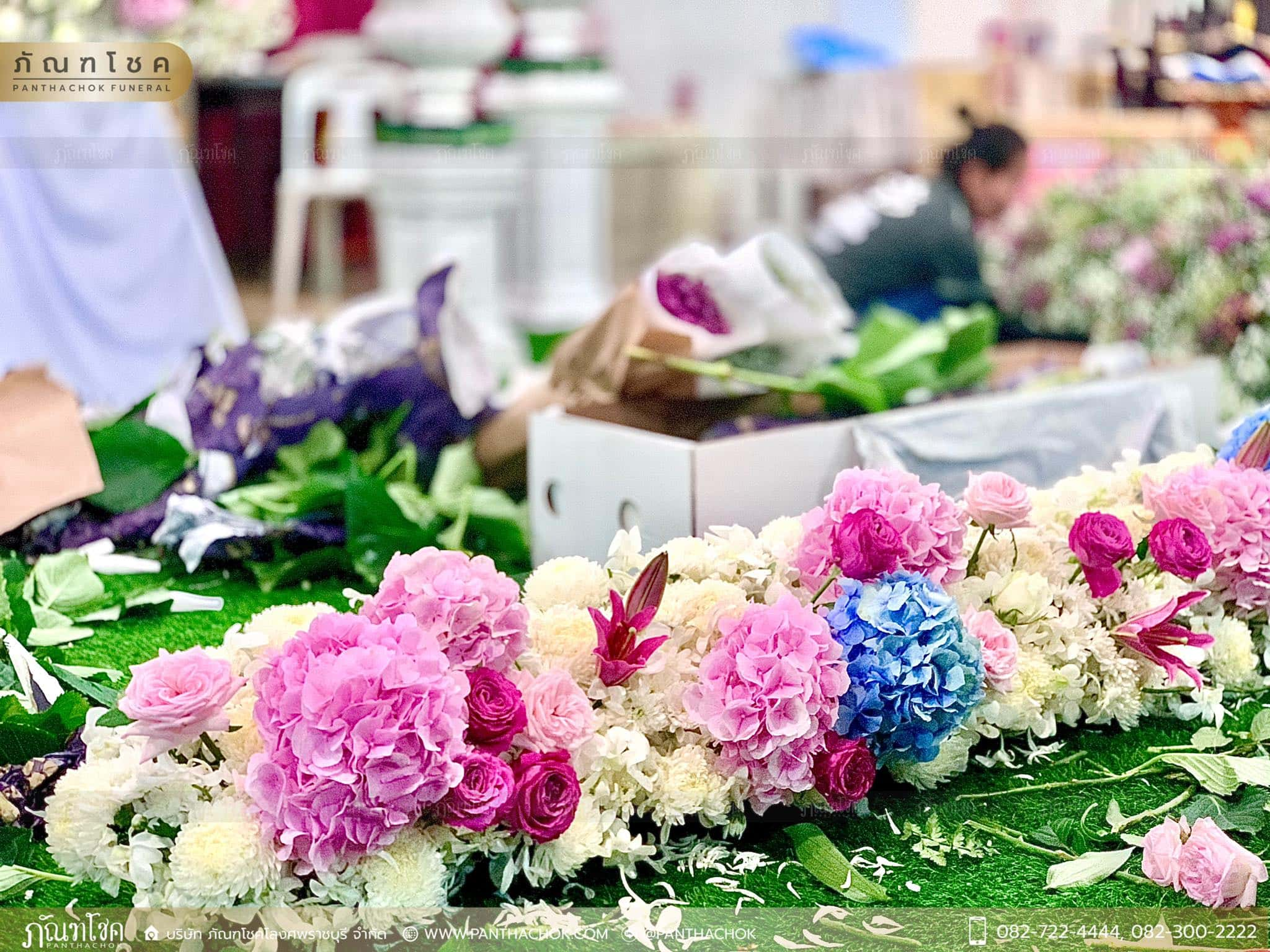 ดอกไม้หน้าหีบสีหวานสดใส ณ วัดหลักสี่ กทม. 7