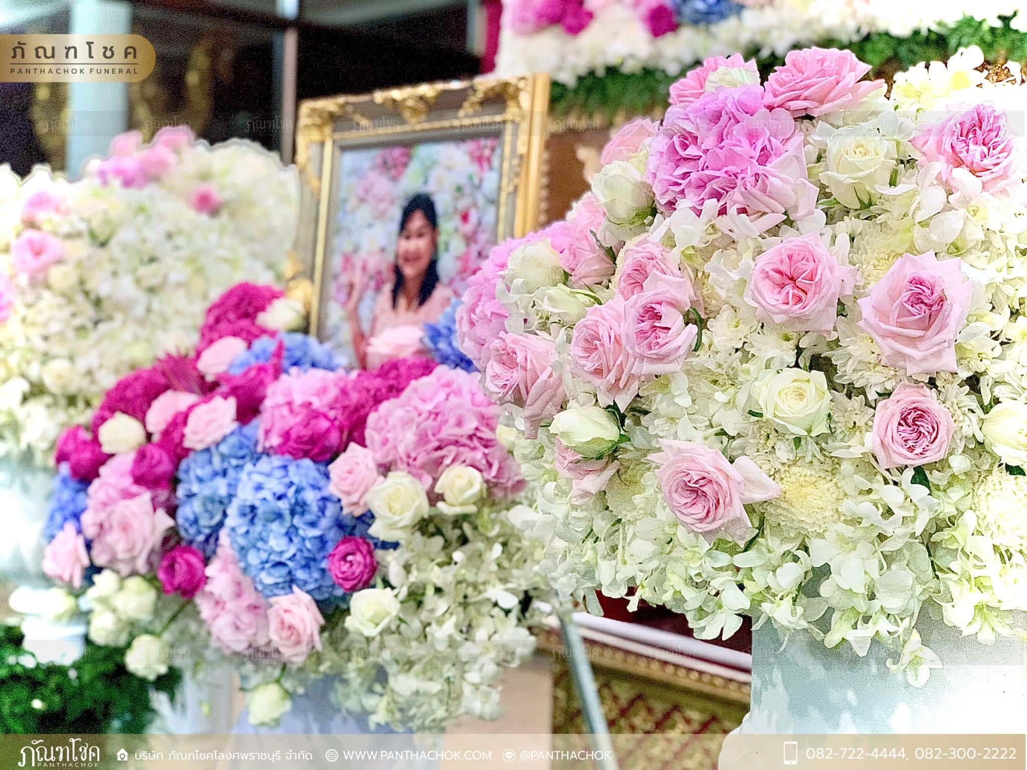 ดอกไม้หน้าหีบสีหวานสดใส ณ วัดหลักสี่ กทม. 8