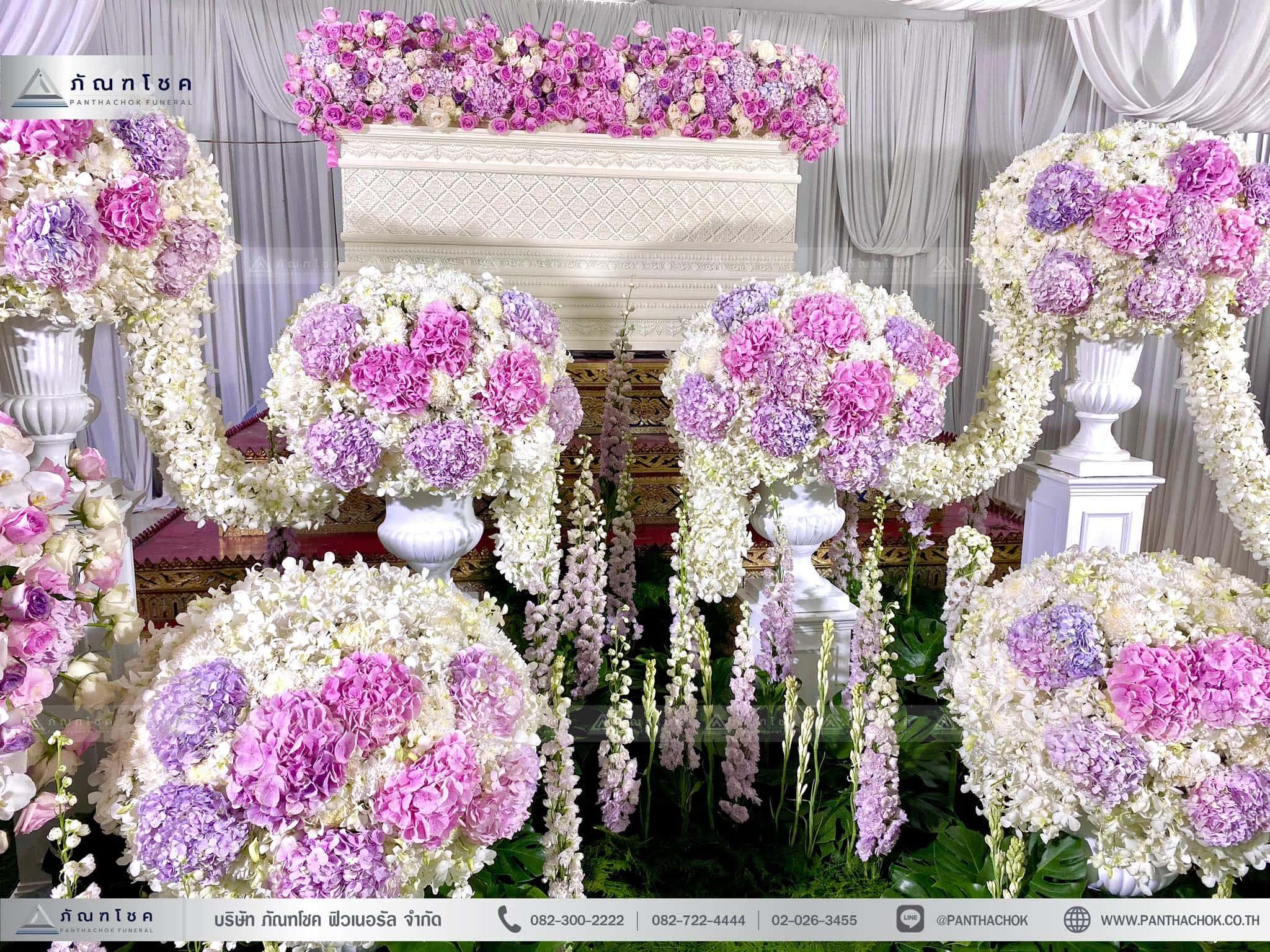 ผลงานจัดดอกไม้หน้าหีบ วัดพานทอง ชลบุรี 3