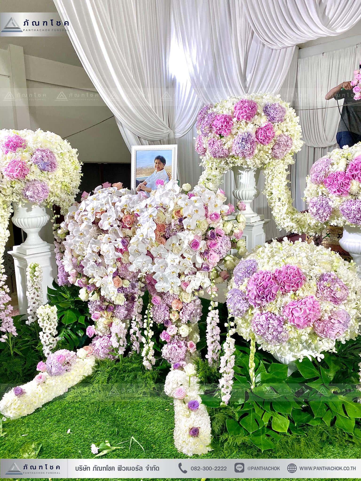 ผลงานจัดดอกไม้หน้าหีบ วัดพานทอง ชลบุรี 7