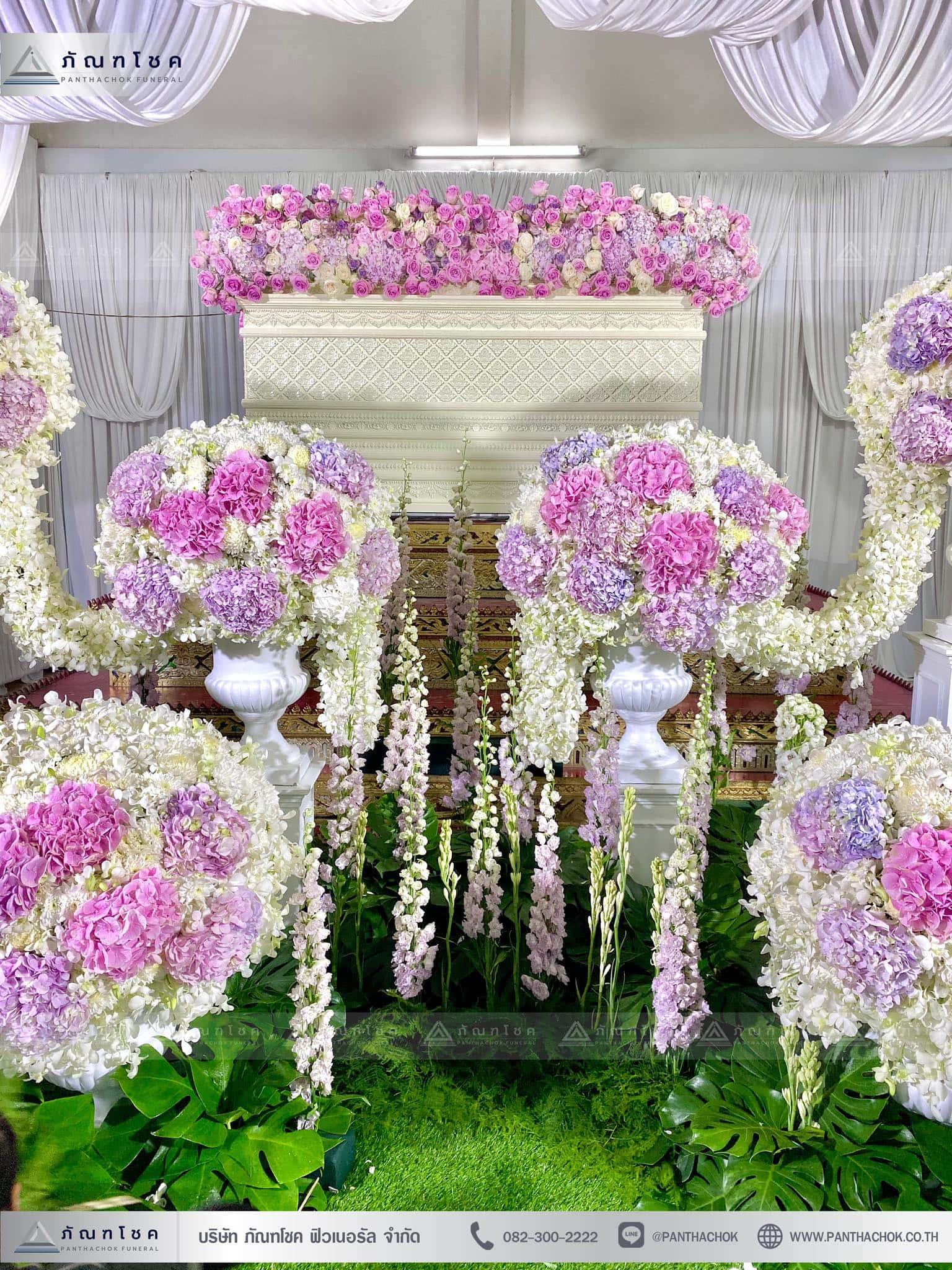 ผลงานจัดดอกไม้หน้าหีบ วัดพานทอง ชลบุรี 11