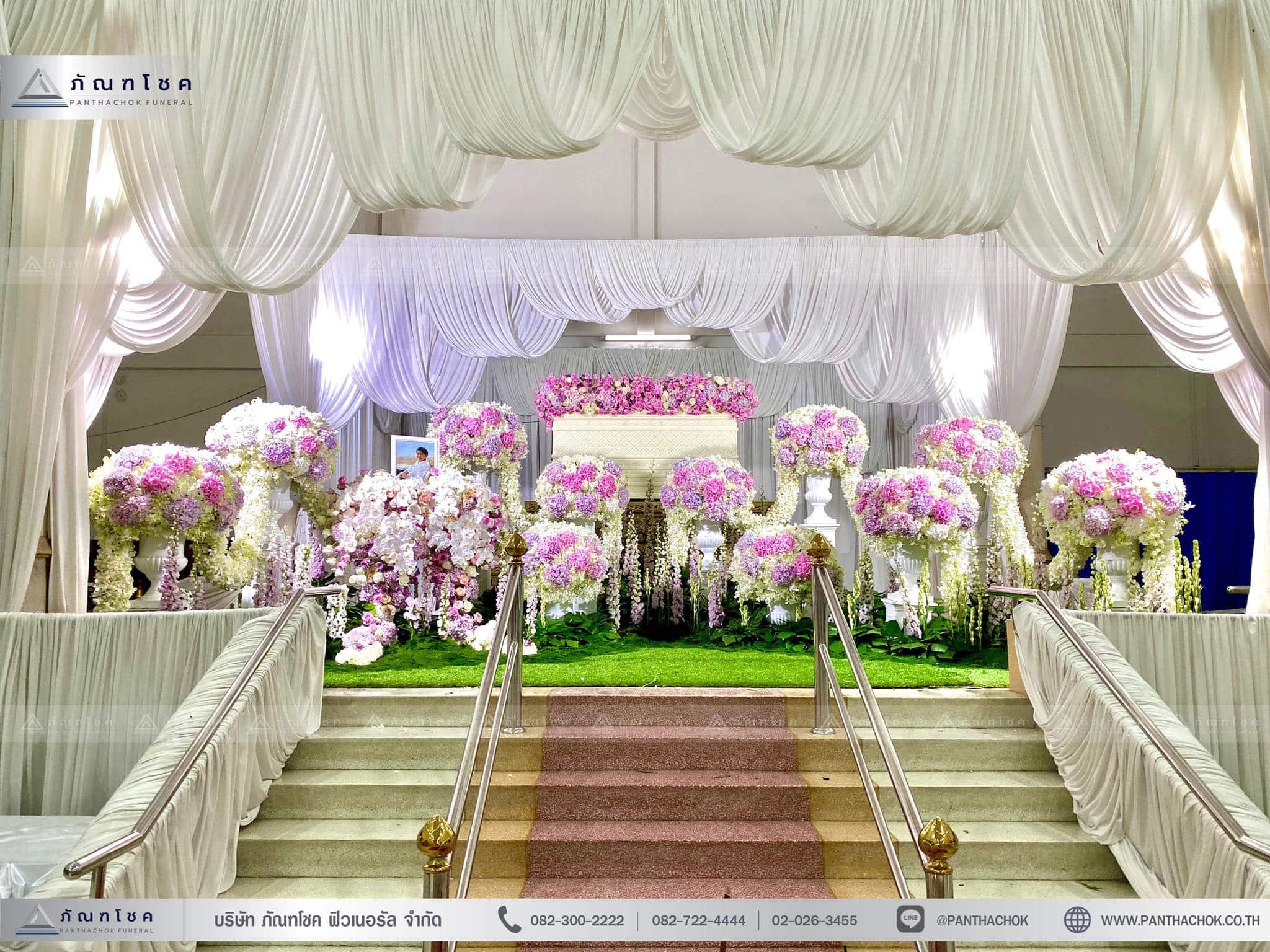 ผลงานจัดดอกไม้หน้าหีบ วัดพานทอง ชลบุรี 13