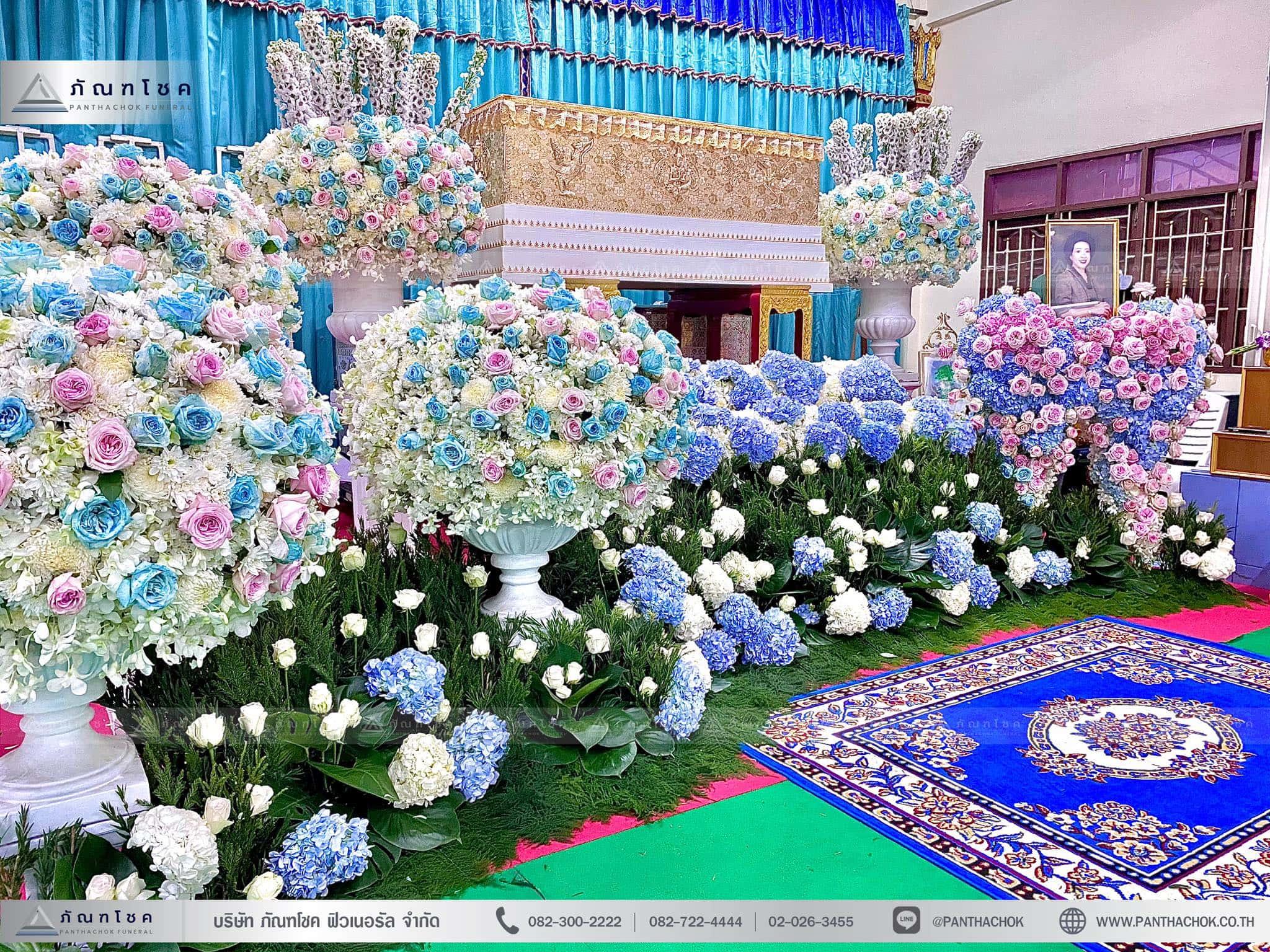 ดอกไม้งานศพสไตล์โมเดิร์น ณ วัดบัวขวัญพระอารามหลวง จ.นนทบุรี 1