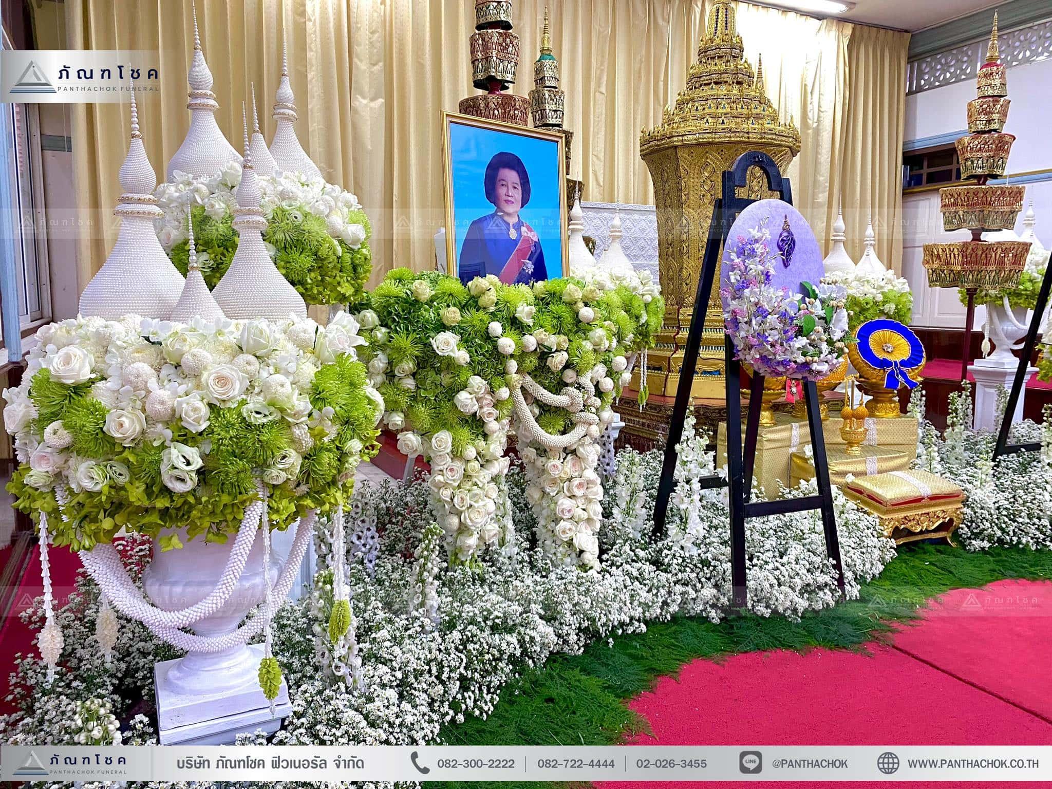 ดอกไม้ประดับหน้าโกศพระราชทาน ณ วัดมกุฏกษัตริยารามราชวรวิหาร 7