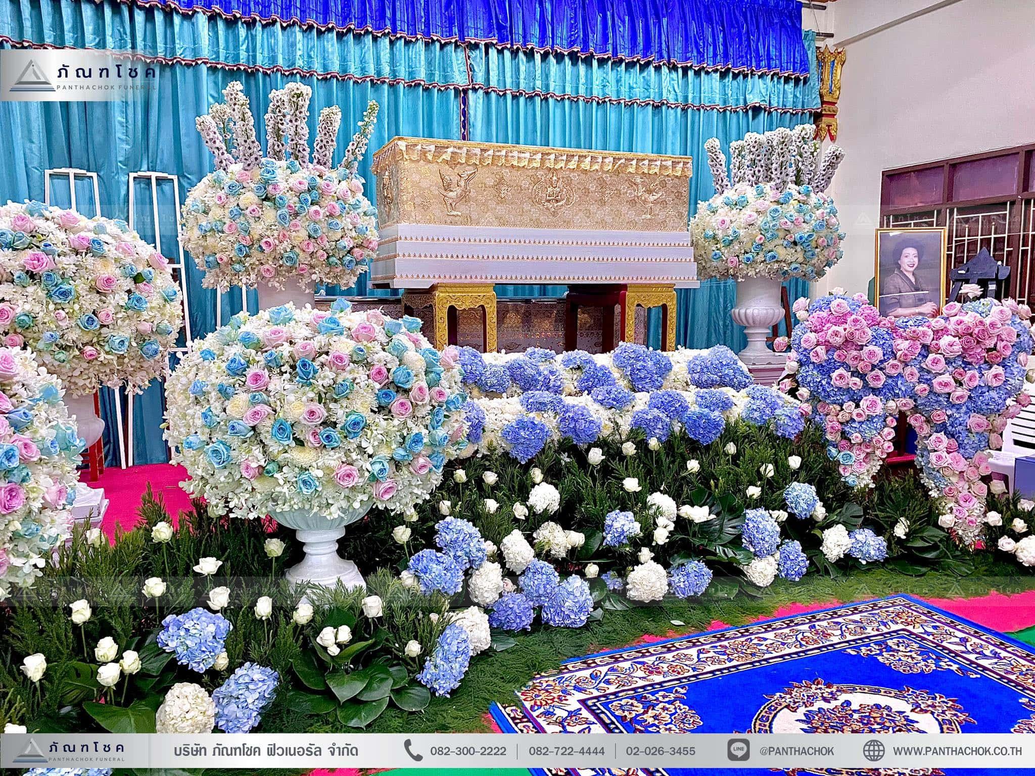 ดอกไม้งานศพสไตล์โมเดิร์น ณ วัดบัวขวัญพระอารามหลวง จ.นนทบุรี 6