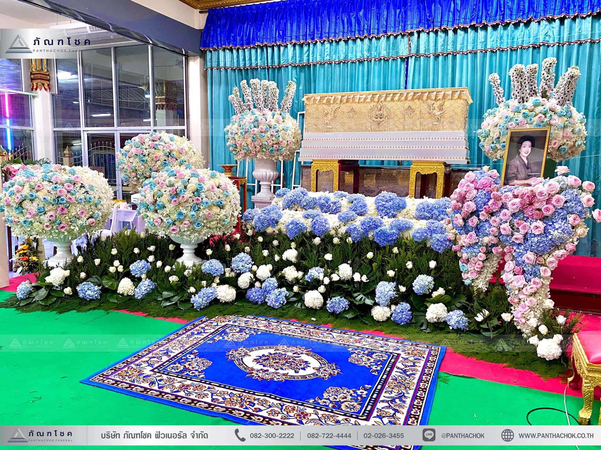ดอกไม้งานศพสไตล์โมเดิร์น ณ วัดบัวขวัญพระอารามหลวง จ.นนทบุรี 4