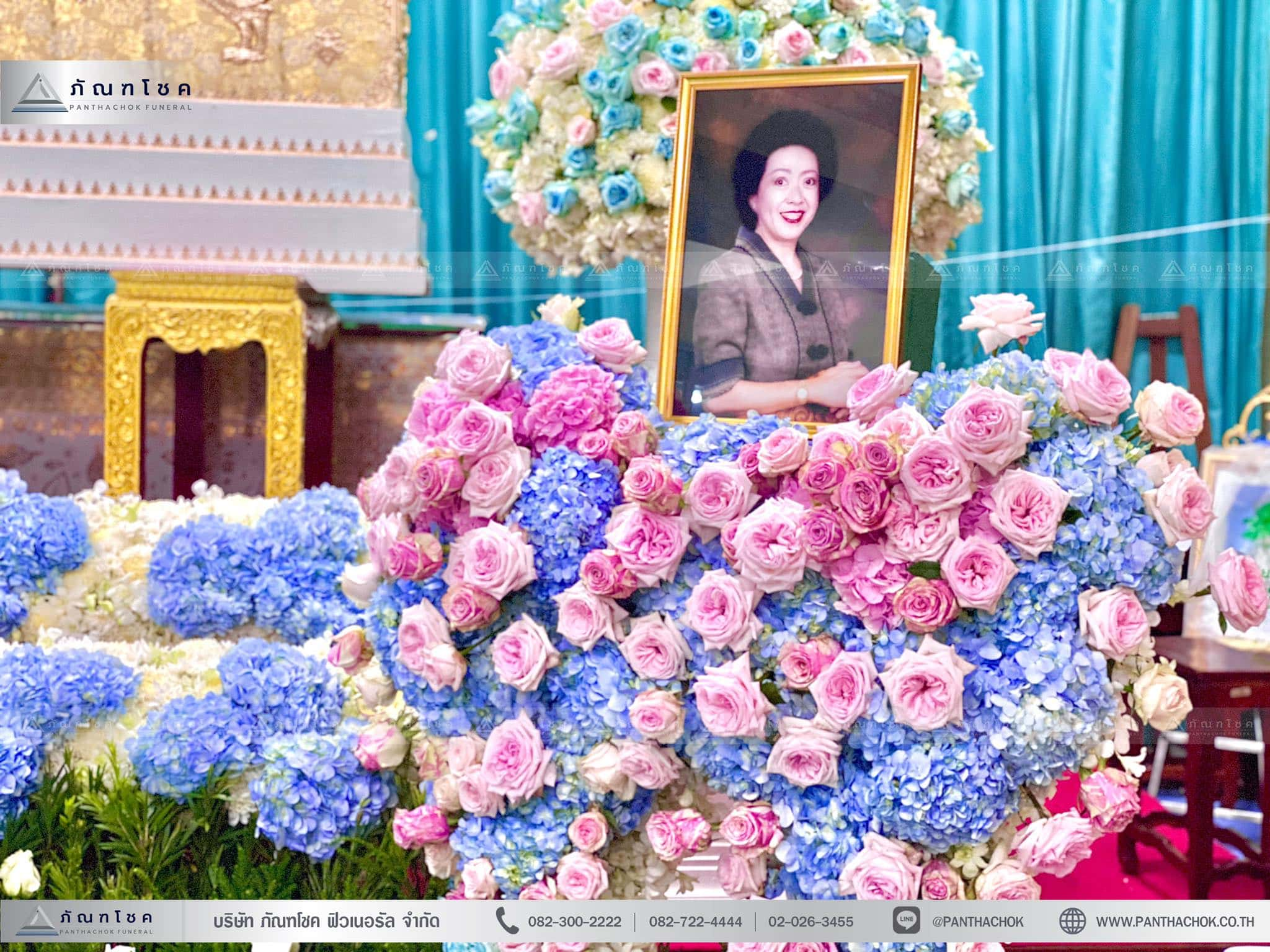 ดอกไม้งานศพสไตล์โมเดิร์น ณ วัดบัวขวัญพระอารามหลวง จ.นนทบุรี 5