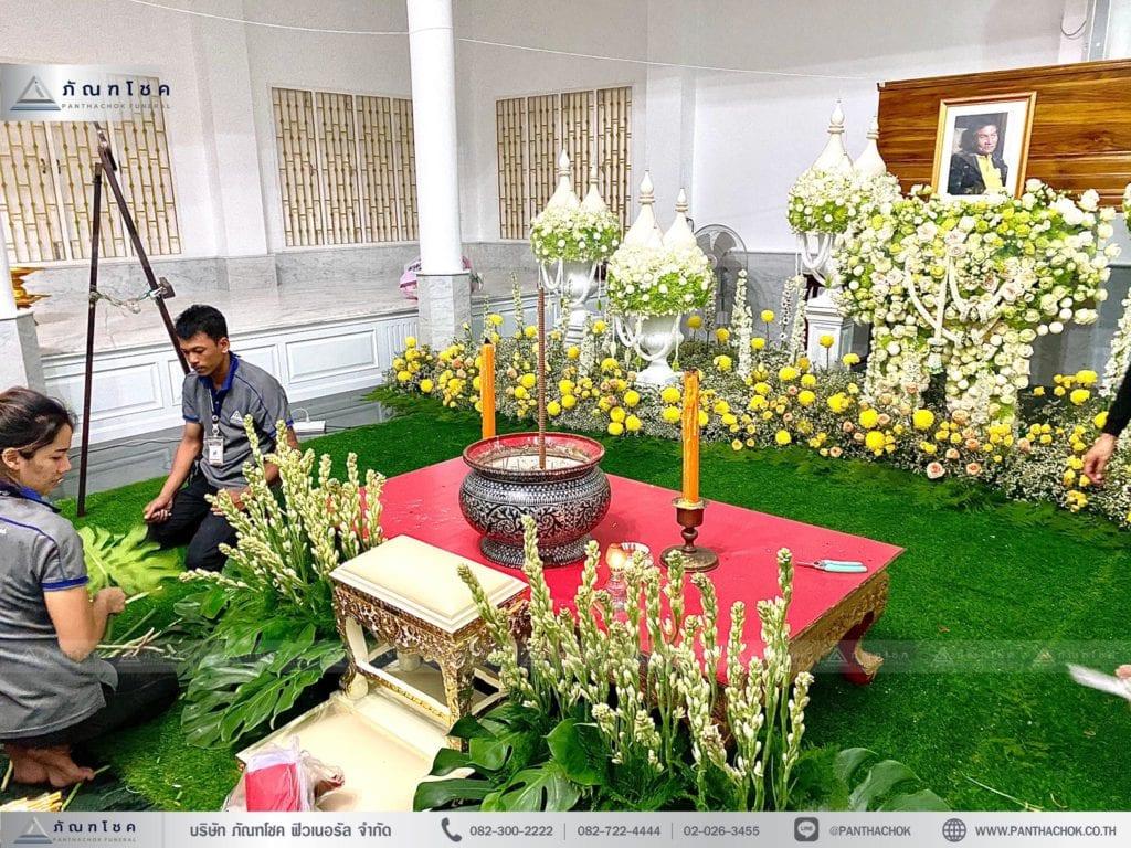 ดอกไม้หน้าหีบราชบุรี จัดดอกไม้หน้าหีบราชบุรี