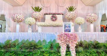 ดอกไม้หน้าหีบศพสีชมพู วัดประชาโฆสิตาราม