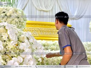 นกยูงงานศพ วัดไทร นครปฐม จัดดอกไม้ในงานศพสวยงามทรงคุณค่า นกยูงงานศพยิ่งใหญ่อลังการ