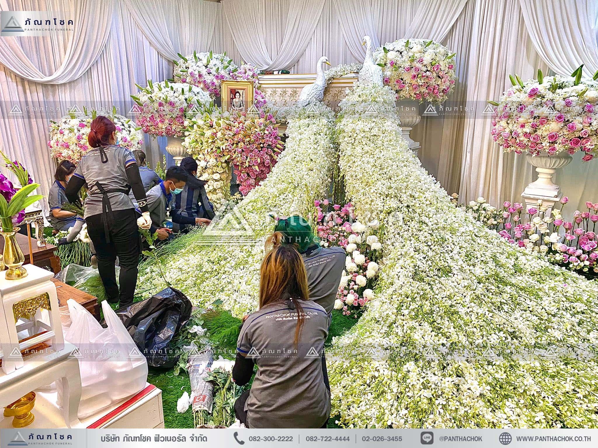 ดอกไม้สดหน้าศพกรุงเทพแบบหรูหรา ดอกไม้งานศพ รับจัดงานศพ ดอกไม้สดหน้าศพสวยหรู