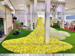 นกยูงงานศพ วัดไทร นครปฐม งานศพเรียบง่าย จัดงานศพโทนสีเหลือง ดอกไม้หน้าศพสีขาวเหลือง ร้านดอกไม้นครปฐมแนะนำ