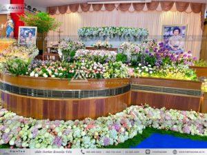 ดอกไม้งานศพแบบคริสต์ ดอกไม้หน้ารูป ดอกไม้สีชมพู
