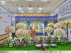 ดอกไม้หน้าหีบศพแบบจีน รับจัดดอกไม้หน้าฉากกงเต๊ก ดอกไม้หน้าโลงหัวหมู โลงศพจีน โลงจำปา รับจัดงานศพกรุงเทพ ดอกไม้หน้าหีบวัดดัง