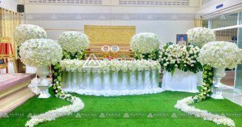 ดอกไม้งานศพแบบพุ่ม โทนสีขาว สวนดอกไม้งานศพ ดอกไม้หน้าศพกรุงเทพ รับจัดงานศพกรุงเทพ