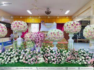 ดอกไม้งานศพแบบพุ่มสีชมพูม่วง ดอกไม้หน้าศพสีชมพู ดอกกุหลาบในงานศพ