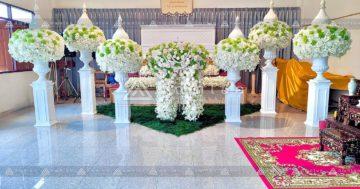 ดอกไม้หน้าศพแบบเรียบหรู ออแกไนซ์งานศพ ดอกไม้หน้าศพสีขาว รับจัดงานศพกรุงเทพ